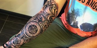 MEN'S TATTOO OF THE SLEEVE
