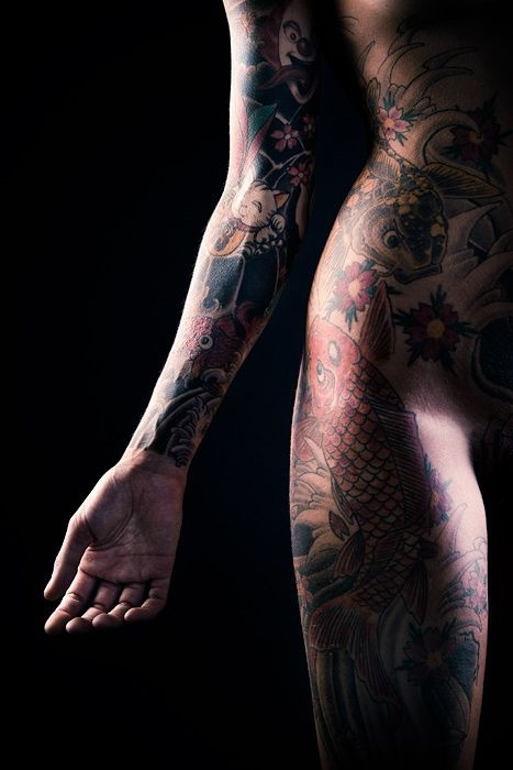 whole body tattoo and beautiful carp on the thigh