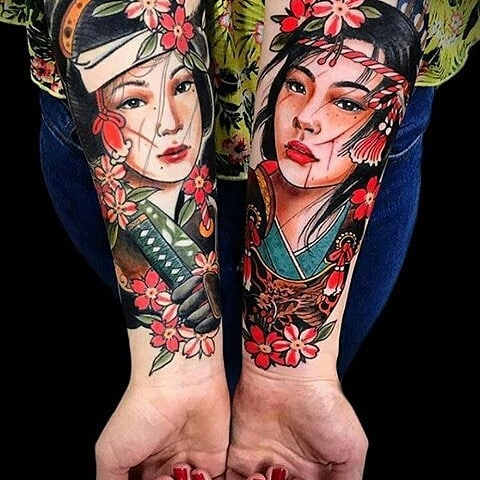 Japanese-style sleeve design