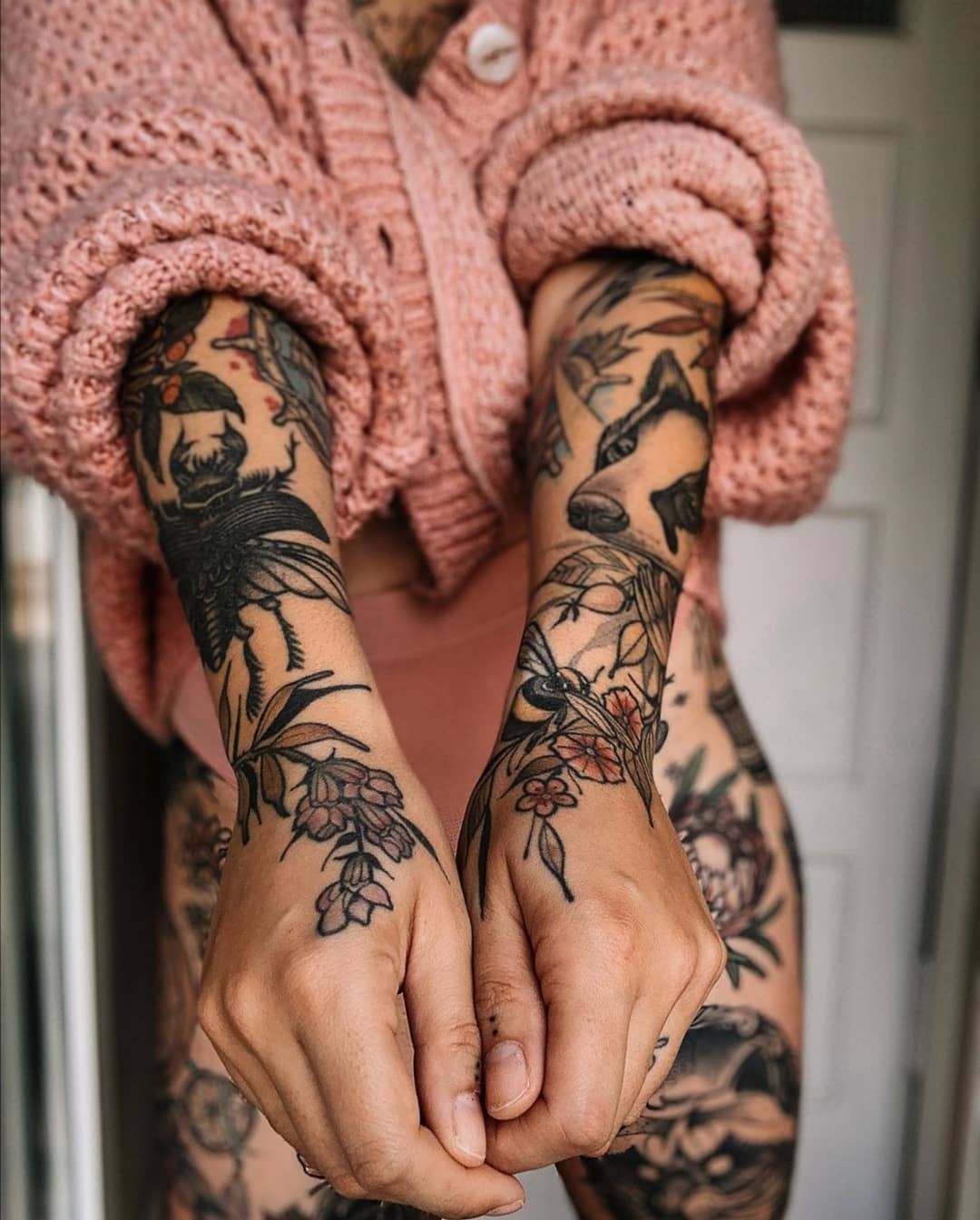 Sleeves Tattoo from wrist to shoulder, girl model