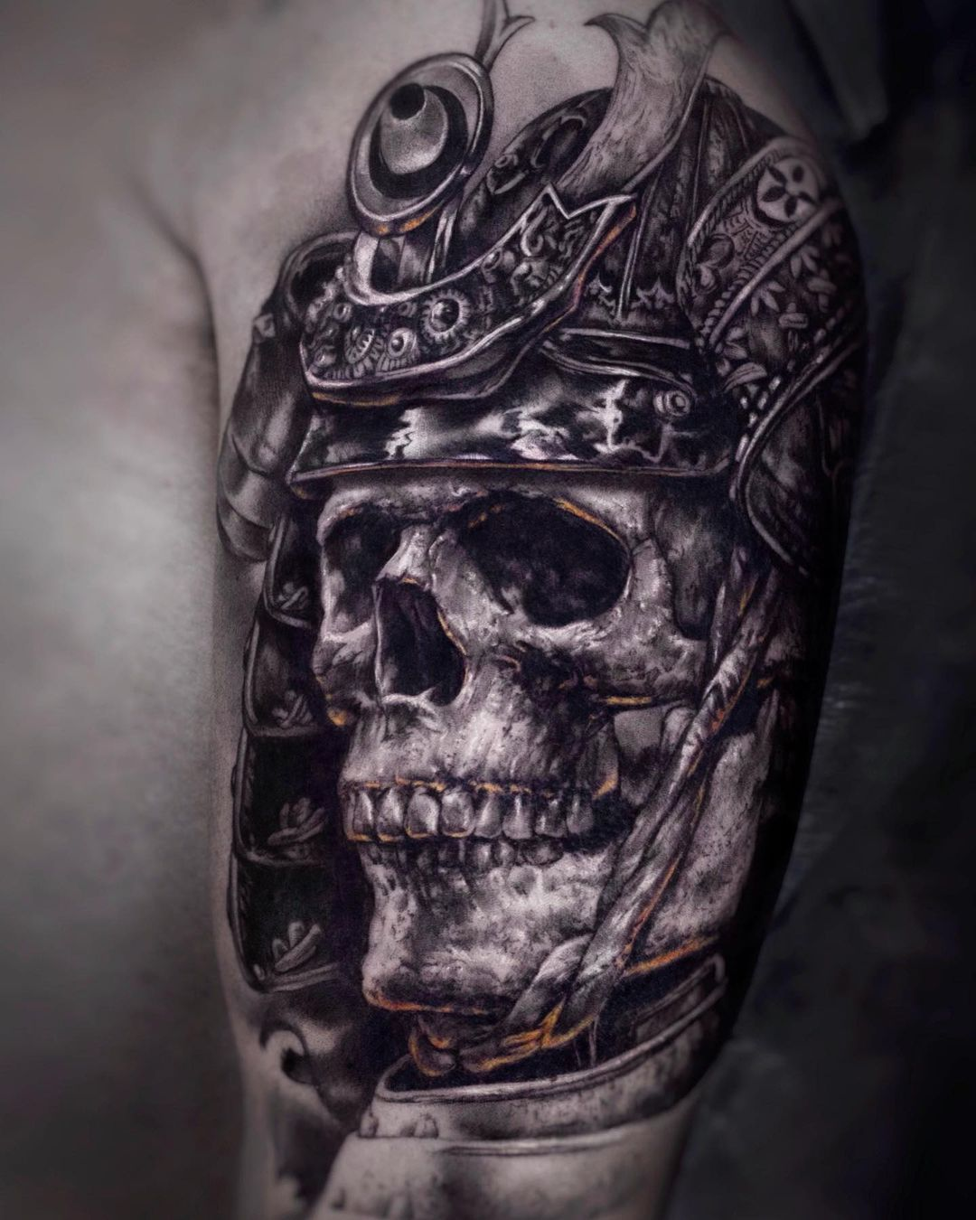 Skull Tattoo On Shoulder In Black And White Colors